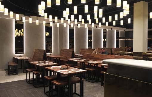 afbeelding van interieur wagamama restaurant